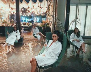 eau spa palm beach, review of eau spa, hanging chairs at eau spa